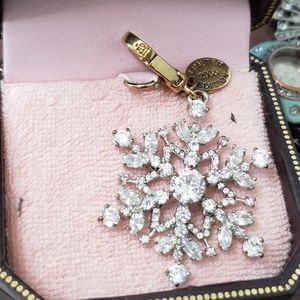 LE 09 Snowflake Juicy couture charm